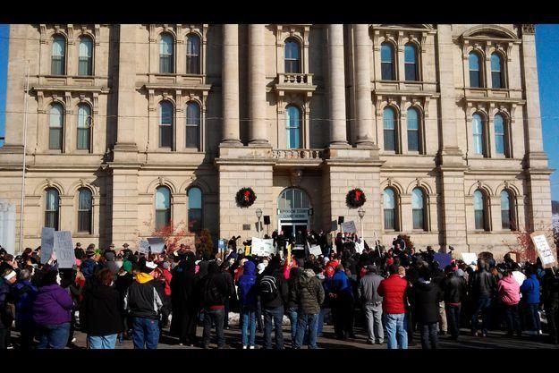 Le 5 janvier, des manifestatns se sont encore regroupés devant le tribunal de Steubenville.