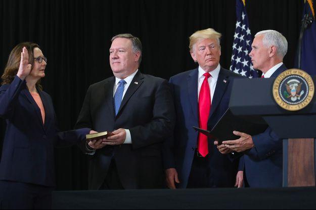 Au centre, Mike Pompeo et Donald Trump.