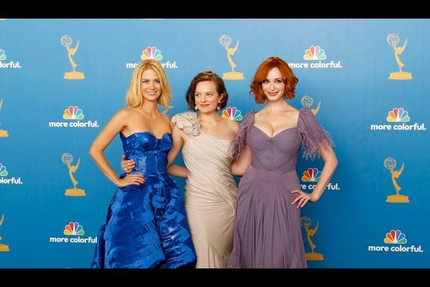 January Jones, Elizabeth Moss et Christina Hendricks aux Emmy Awards 2010.
