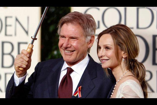 Interrogé sur les rumeurs qui courent de mariage avec Calista Flockhart (ici avec son compagnon), Harrison Ford a répondu : «Ne croyez pas ce qui est sur internet. rien de ce qui est sur le net n'est vrai.»