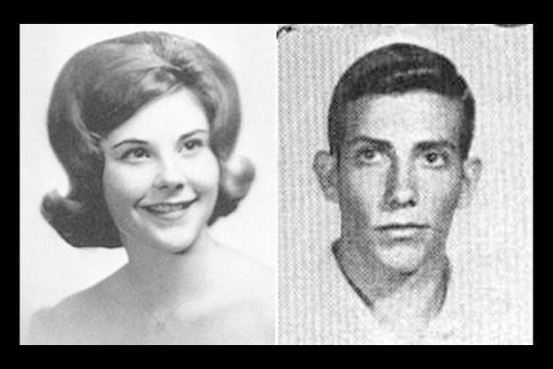 A gauche, Laura Bush à l'âge de 17 ans. A droite, Mike Douglas. Le jeune homme est mort en 1963 dans un accident de voiture. La future First Lady était au volant.