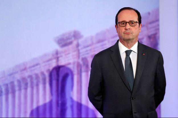 François Hollande au Grand Palais de Paris, le 13 décembre 2016.