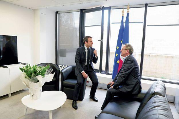 Le 29 avril, Emmanuel Macron en tête-à-tête avec Richard Ferrand, député PS du Finistère, secrétaire général d'En Marche.