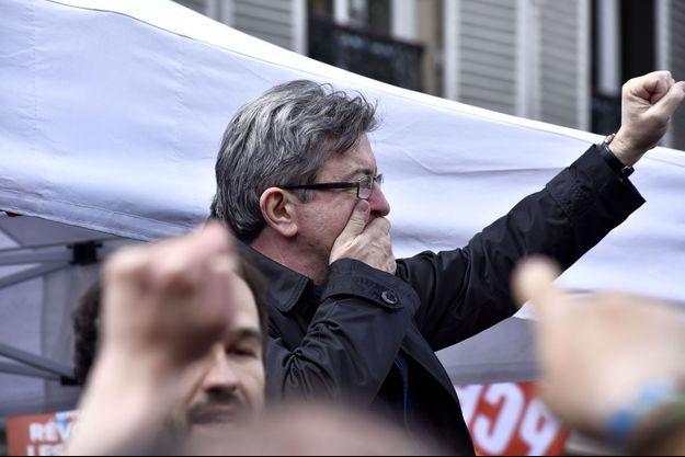 Manifestants lundi à Paris.