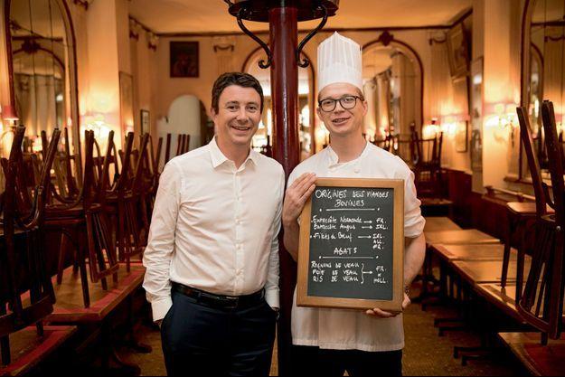 Avec le chef Yann Chair du restaurant Chez Georges, l'une de ses tables préférées à Paris.