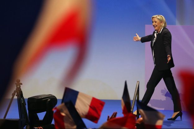 Marine Le Pen lors de son meeting à Nice.