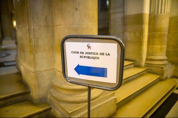 Au Palais de justice de Paris, mercredi, lors de l'audience devant la Cour de justice de la République.