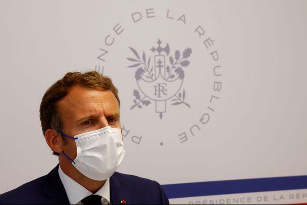 Emmanuel Macron le 13 août 2021.