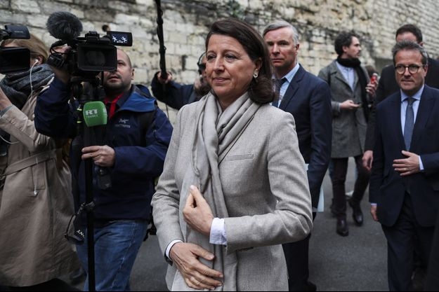 Agnès Buzyn à la Pitié-Salpêtrière, à Paris, jeudi.