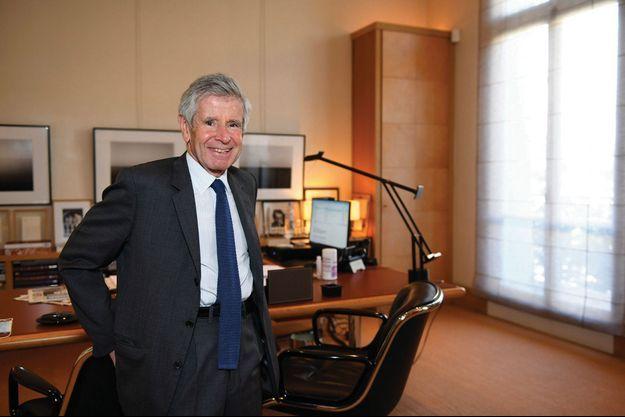 Alain Minc dans son bureau, à Paris, le 2 juin.