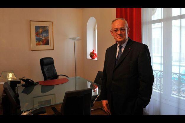 Michel Roger a été choisi par le prince Albert comme nouveau ministre d'Etat – équivalent de Premier ministre – de Monaco. Il connaît personnellement Nicolas Sarkozy.