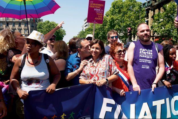 Jean-Luc Romero et Anne Hidalgo à la Marche des Fiertés de Paris, le 29 juin dernier.