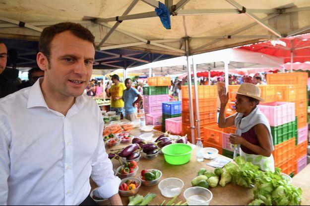 Emmanuel Macron à Saint-Denis de La Réunion, le 25 mars.