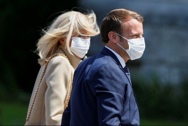Emmanuel et Brigitte Macron ont voté dimanche au Touquet.
