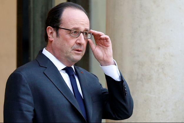 François Hollande a dénoncé l'attaque survenue dans une mosquée au Canada.