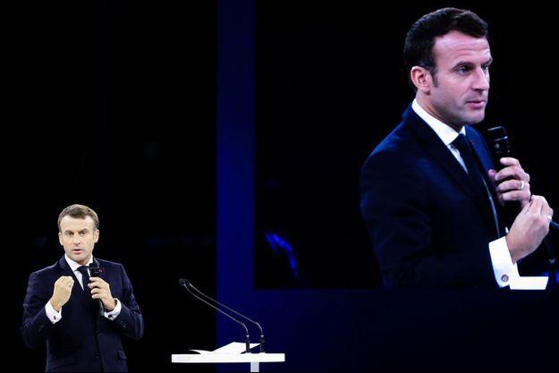 Emmanuel Macron lors de l'ouverture du Forum de Paris sur la paix.