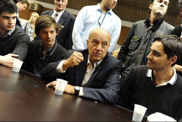Alain Juppé samedi au Campus des Jeunes républicains, au Touquet.