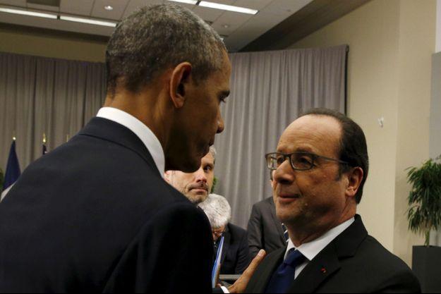 Samedi, après un déjeuner avec Emmanuel Macron, Barack Obama rencontrera François Hollande. Ici les deux hommes à Washington en mars 2016.