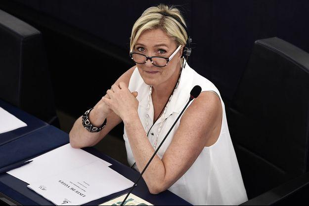 Marine Le Pen au Parlement européen le 13 septembre.
