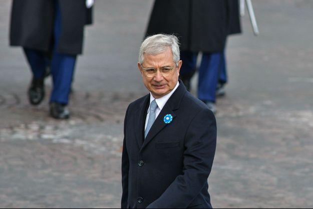 Claude Bartolone souhaite que Hollande et Valls participent à la primaire du PS