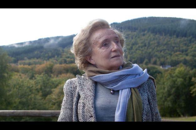 Dimanche 18 septembre en Corrèze pour madame le conseiller général, comme elle préfère qu'on l'appelle. Elle finira la journée en allant manger une soupe dans son restaurant habituel.
