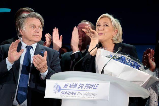 Gilbert Collard et Marine Le Pen le soir du premier tour de la présidentielle.
