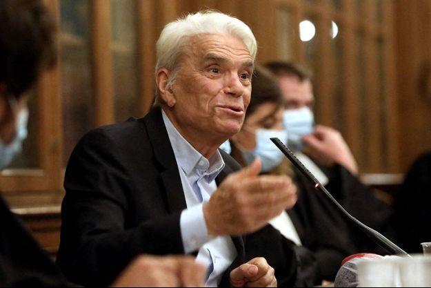 Bernard Tapie, lors d'une conférence à Paris en septembre 2020.
