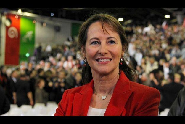 Au premier rang du meeting, dimanche, l'ancienne candidate arborait un franc sourire.