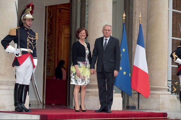 Jean-Marc et Brigitte Ayrault à l'Elysée, lors d'un dîner d'Etat en 2016.