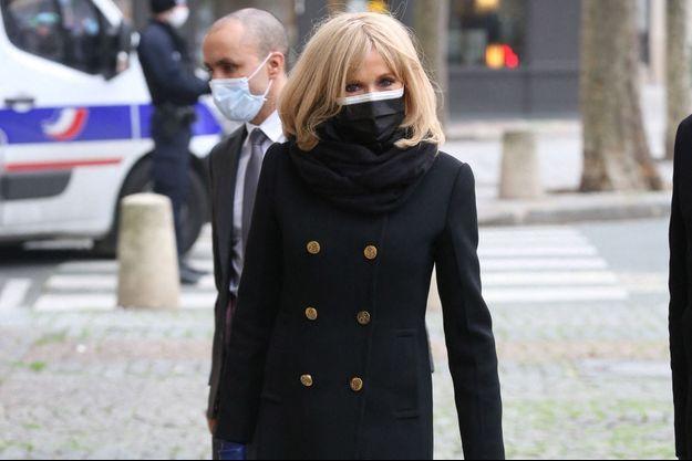 Brigitte Macron, ici le 9 février, lors d'une messe hommage à Robert Hossein.