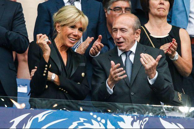 Brigitte Macron et Gérard Collomb, ici en mai 2017 lors de la finale de la Coupe de France de football.