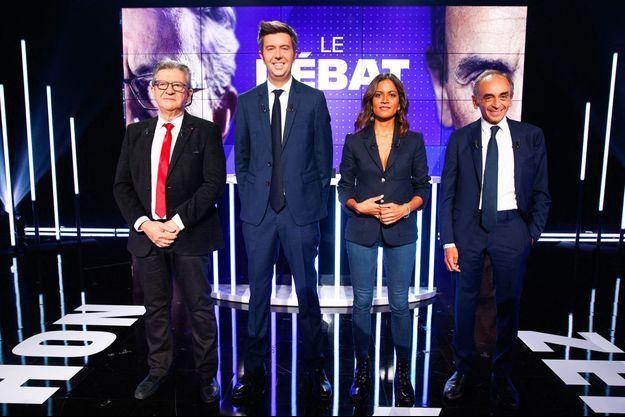 Jean-Luc Mélenchon et Eric Zemmour sur le plateau où s'est déroulé jeudi soir leur débat sur BFMTV.