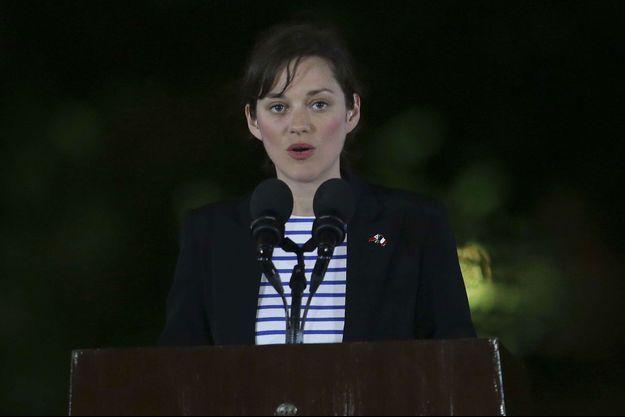 Marion Cotillard, jeudi soir, dans le palais présidentiel de Manille, aux Philippines.