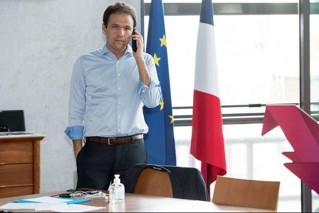 Cédric O, secrétaire d'Etat chargé du Numérique, dans son bureau à Bercy, le 10 avril.