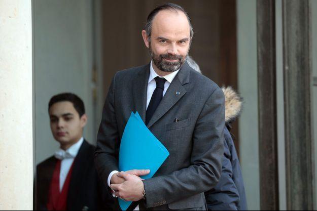 Edouard Philippe à l'Elysée jeudi pour une réunion avec les départements.
