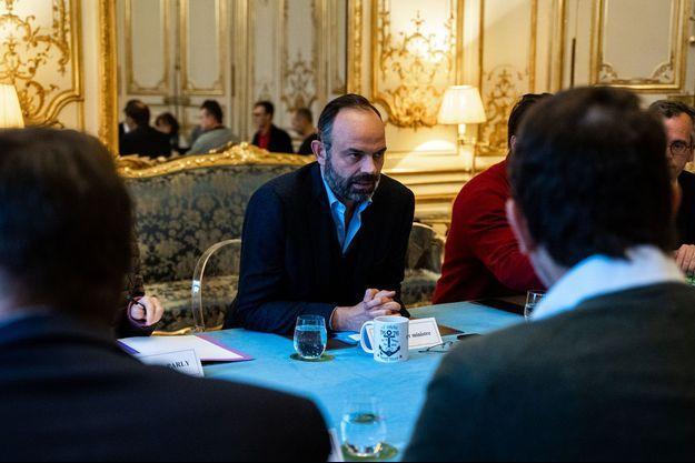 Edouard Philippe lors de la réunion à Matignon le 27 février 2020.