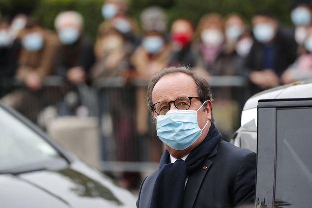 François Hollande, ici à Paris début octobre lors des obsèques de Juliette Greco.