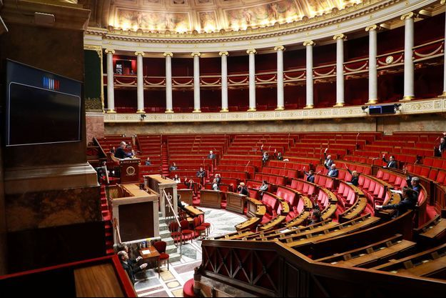 L'hémicycle de l'Assemblée nationale à l'heure du confinement en France, le 22 mars.