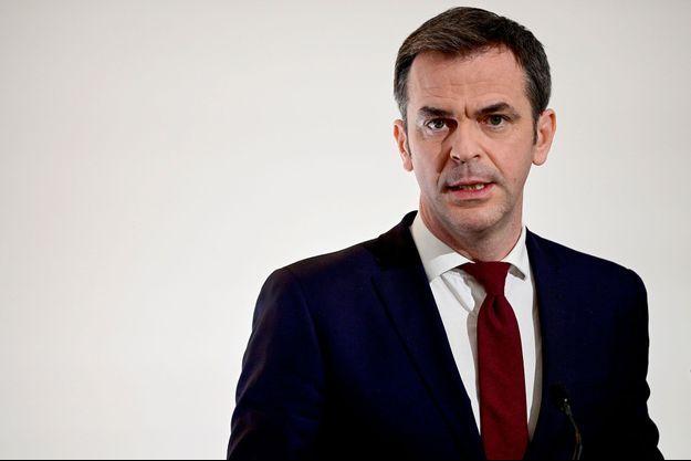 Olivier Véran , ici lors d'une conférence de presse en mars.