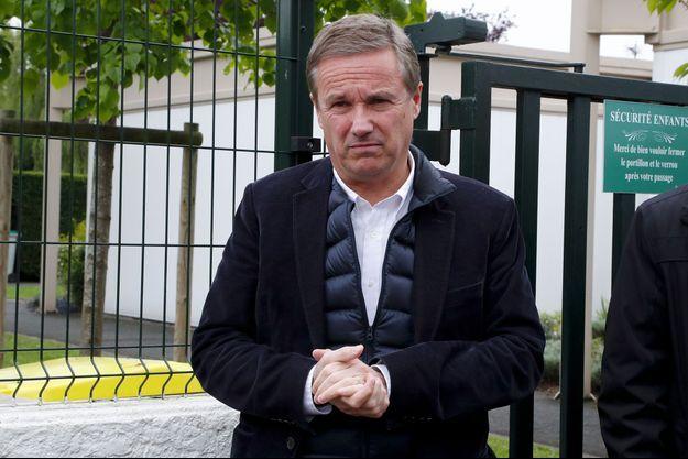 Nicolas Dupont-Aignan, le 7 mai 2017 à Yerres.