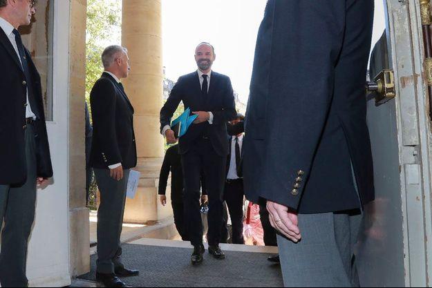Edouard Philippe à son arrivée au Palais Bourbon.