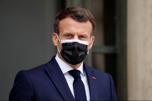 Emmanuel Macron, vendredi à l'Elysée.