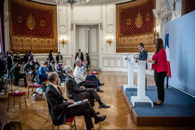 Gérald Darmanin et Marlène Schiappa au ministère de l'Intérieur, mardi.