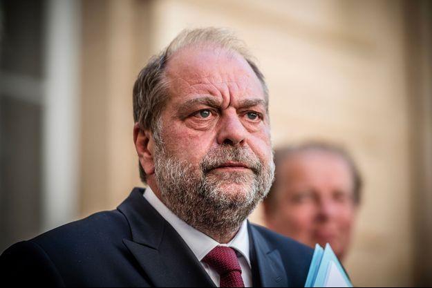 Eric Dupond-Moretti au ministère de la Justice, le 26 août. Il recevait ce jour-là un rapport sur la profession d'avocat remis par son prédécesseur Dominique Perben.
