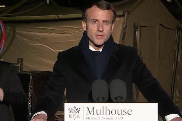 Emmanuel Macron à Mulhouse, le 25 mars 2020.