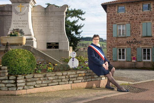 Isabelle Dugelet, la maire de La Gresle, un bourg de 862 âmes.