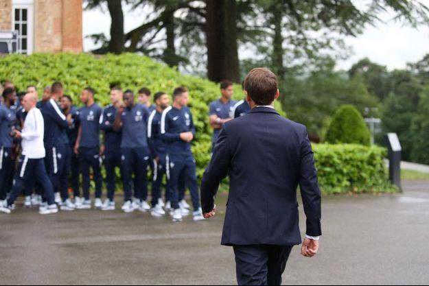 Emmanuel Macron à Clairefontaine le 5 juin 2018, quelques jours avant la Coupe du monde.