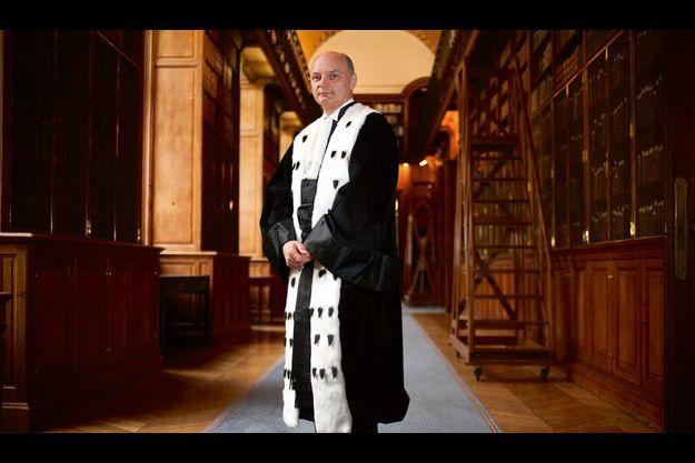 Didier Migaud, président de la Cour des comptes, jeudi 27 mai, dans la galerie de la bibliothèque de la Cour des comptes, rue Cambon à Paris.