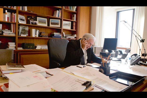 Le président du FMI dans son bureau, à Washington.