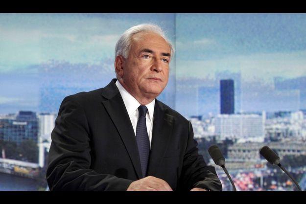 Dominique Strauss-Kahn sur le plateau de TF1